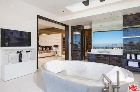 jay-z-beyonce-beverly-hills-home-inside-house-photos-0124-480w