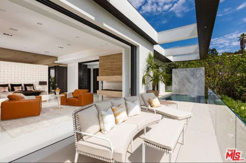 jay-z-beyonce-beverly-hills-home-inside-house-photos-0125-480w