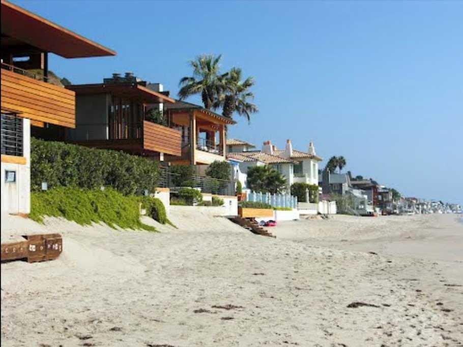 billionaires-beach-carbon-beach-malibu-1